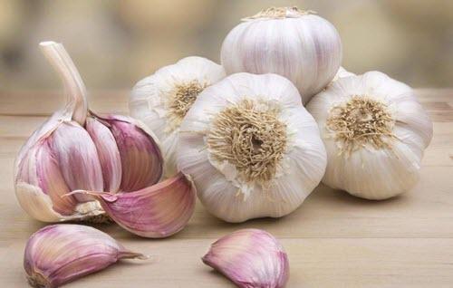 Supă de usturoi cu multe proprietăți benefice