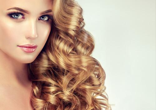 Tratamente naturale pentru un păr sănătos