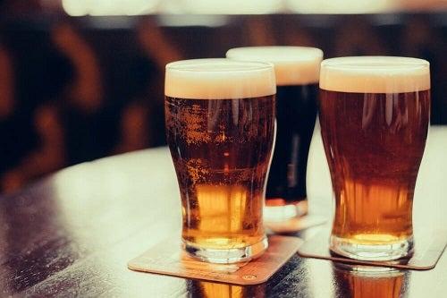 bere rău pentru pierderea în greutate)