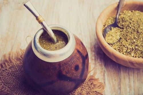 Tratează simptomele menopauzei cu maca pudră