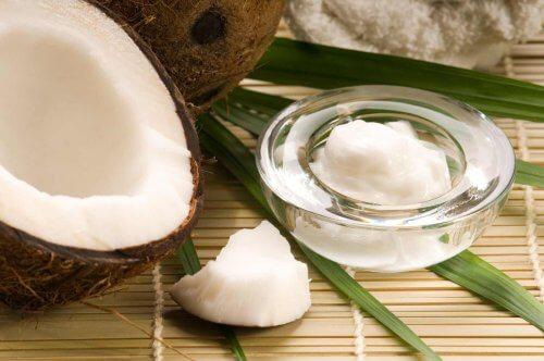 Unt și nucă de cocos