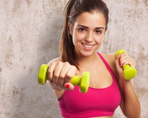 Exerciții cu gantere pentru tonifiere