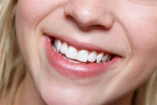 Beneficii oferite de aloe vera pentru sănătatea dentară
