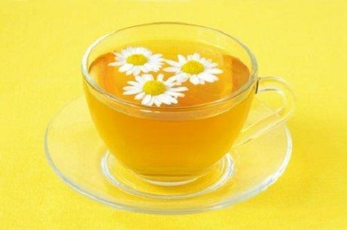Remedii pentru bătături cu ceai de mușețel