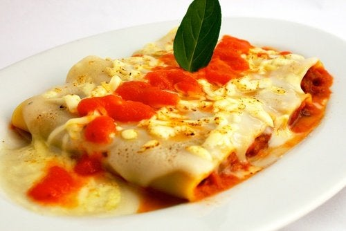 Rețetă de cannelloni cu legume și șuncă