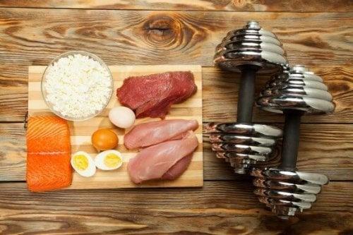 10 alimente pentru masa musculară