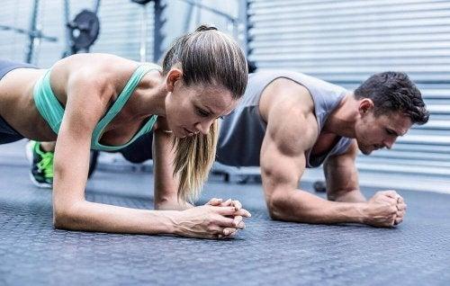 Antrenament pentru masă musculară