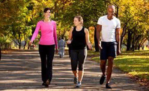 6 beneficii ale mersului pe jos zilnic
