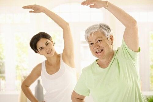 Mișcarea previne creșterea în greutate odată cu vârsta