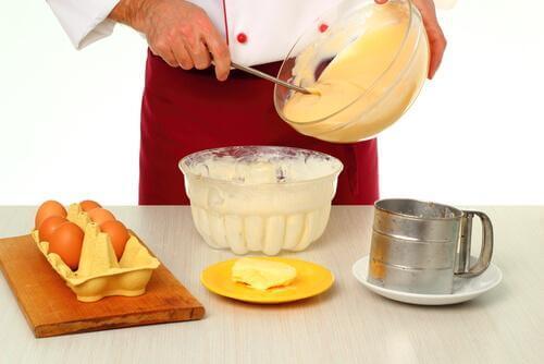 Cea mai simplă rețetă de cremșnit cu vanilie