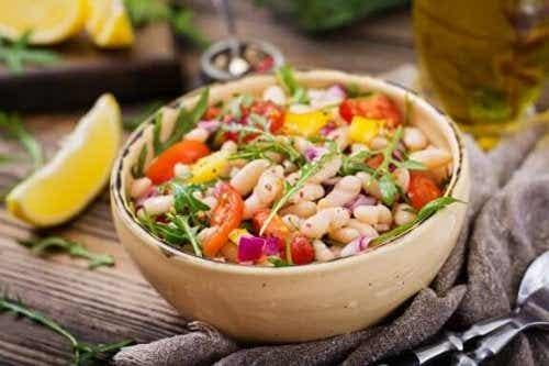 Cele mai gustoase rețete de salată cu fasole