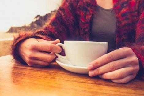 beneficiile renunțării la scăderea în greutate de cofeină