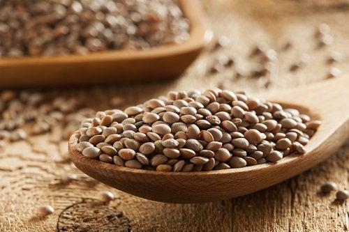 Lintea inclusă în alimente contra căderii părului