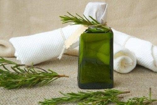 Rețete de odorizant natural pe bază de ierburi aromatice