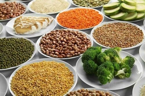 Dieta vegetariană inlcude leguminoase