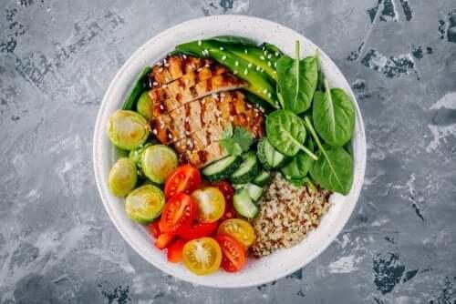 Rețete sănătoase pentru cină sub 300 de calorii