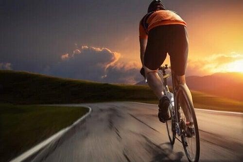 Activități benefice pentru sănătatea inimii în aer liber