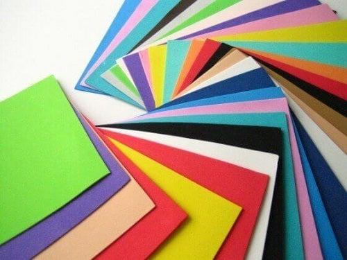 Hârtie buretată colorată