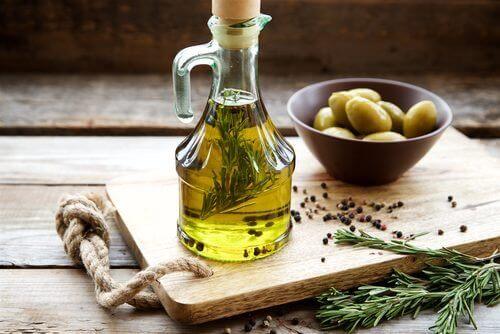 Uleiul de măsline printre cele mai sănătoase uleiuri vegetale
