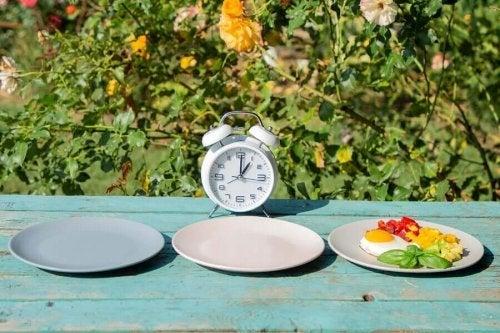 Ora la care servești masa