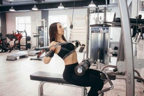 Exerciții pentru durerile de spate inferior