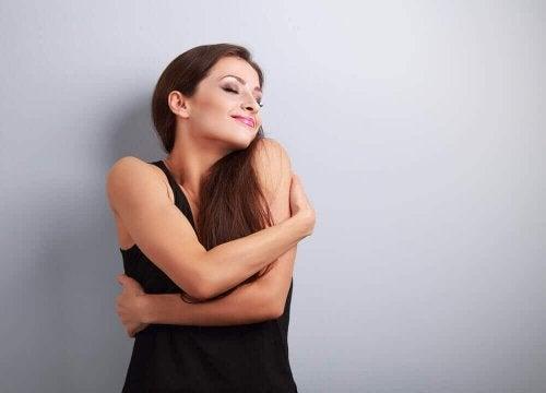 Femeie care și-a refăcut stima de sine după o despărțire