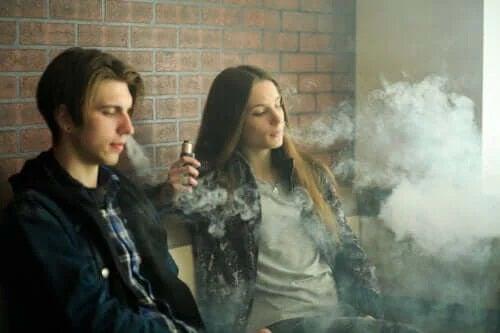 Riscurile folosirii țigărilor electronice