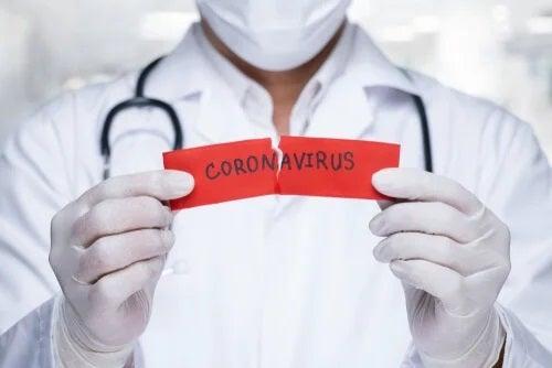 Cele mai răspândite mituri despre coronavirus