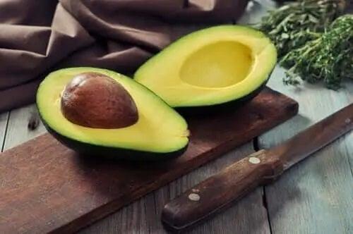 Avocado folosit în remedii pentru sindromul de tunel carpian