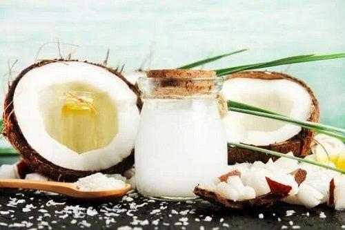 Utilizări și beneficii ale oțetului de cocos
