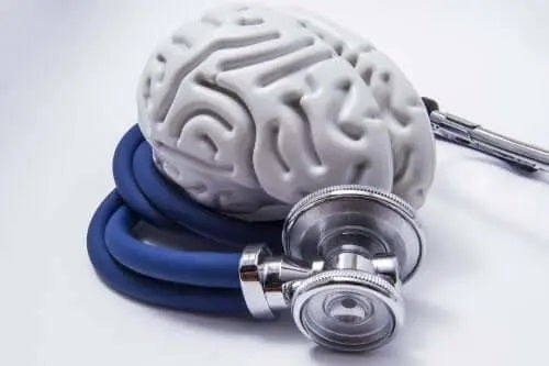 Creier și stetoscop