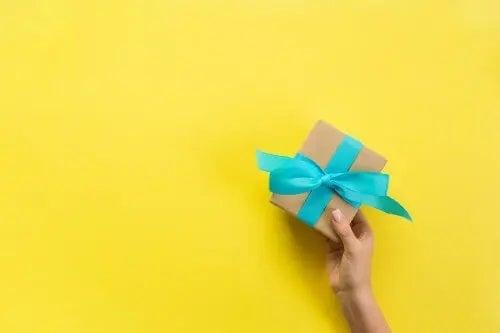 Cum să faci cutii de cadouri acasă