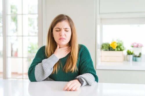 Opțiuni pentru ameliorarea durerilor în gât