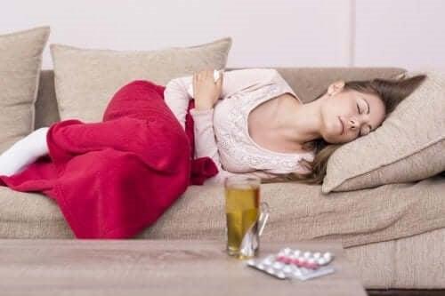 Remedii naturiste pentru crampele menstruale