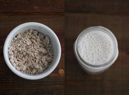 Castron cu hrișcă și borcan cu lapte