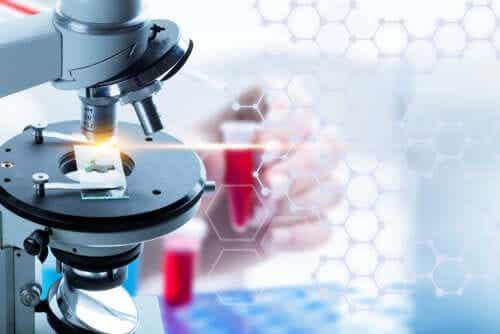 Ce este biopsia lichidă? Caracteristici și avantaje