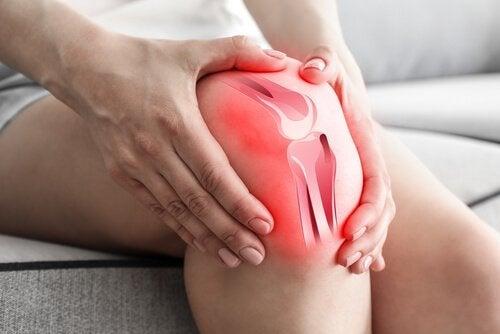 Pacient experimentând o duere de genunchi