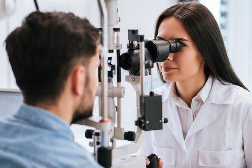 Degenerescența maculară legată de vârstă