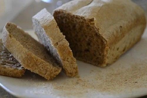 Pâine de secară feliată
