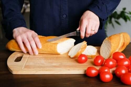 Câștigul în greutate cauzat de pâine - adevăr sau mit?