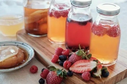 5 rețete delicioase de infuzii de fructe