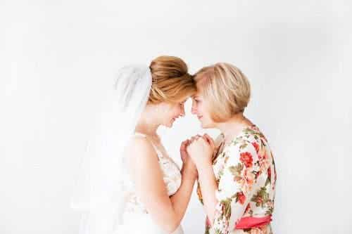 Vestimentația mamei miresei sau a mirelui - 6 sfaturi