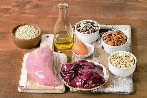 Alimente sănătoase incluse în tratamente complementare pentru hipotiroidism