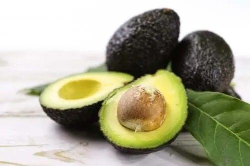 Rețete sănătoase cu avocado copt