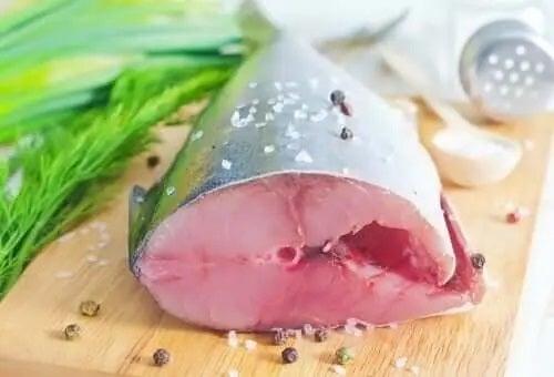 Beneficiile peștelui albastru proaspăt