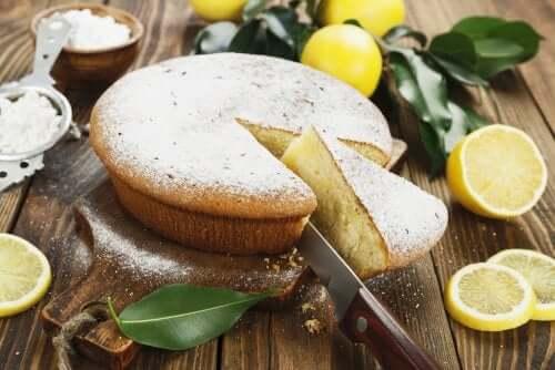 Blad de tort cu lămâie