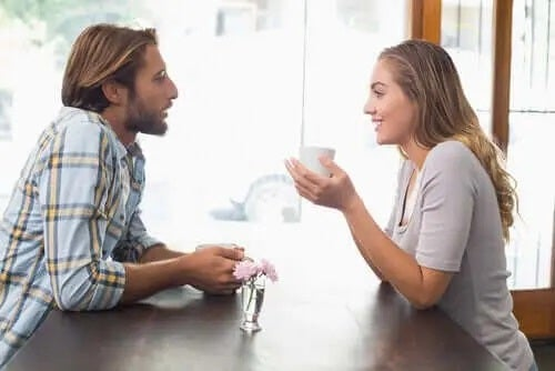 Cuplu discutând despre virusul Papiloma Uman și sexul