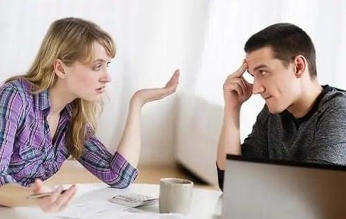 Discuție cu un partener narcisist