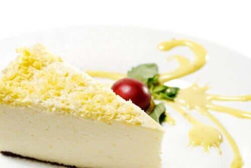Felie de cheesecake cu ghimbir