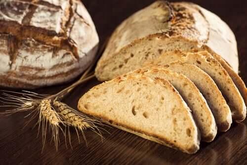 Felii de pâine integrală din grâu